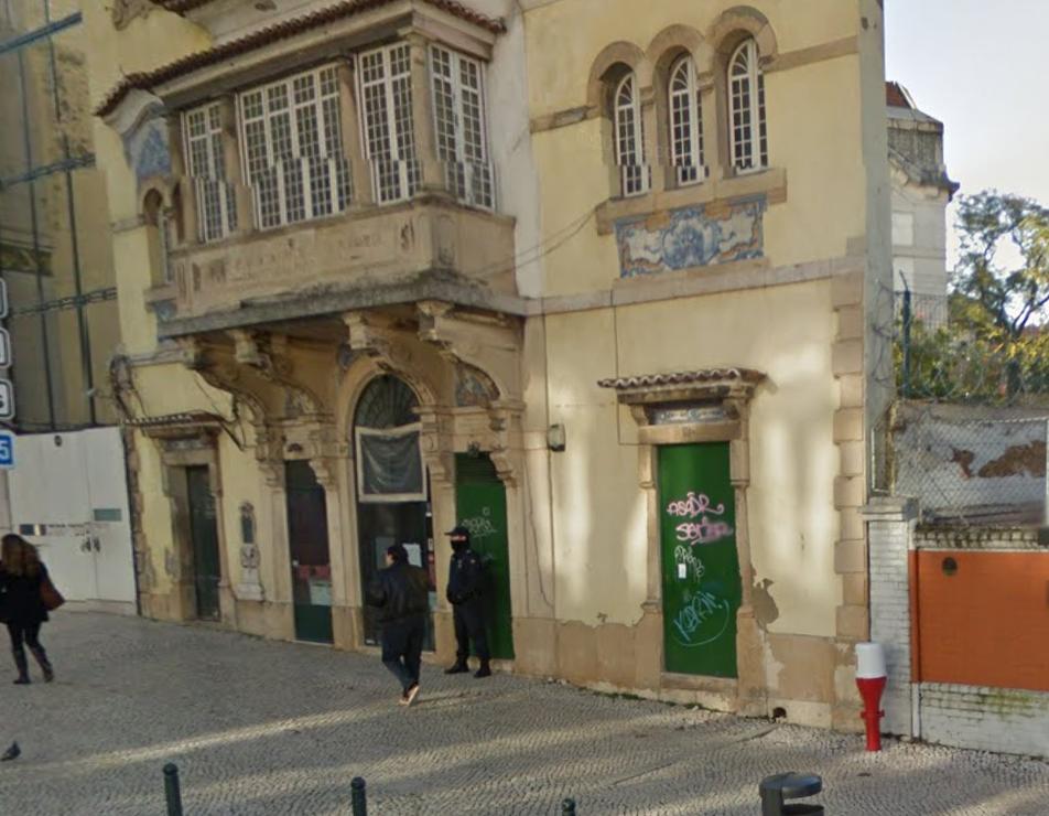 Derrière ces murs, la synagogue de Lisbonne ©Google Maps